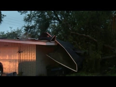 8 houses damaged after possible tornado hits Orange County